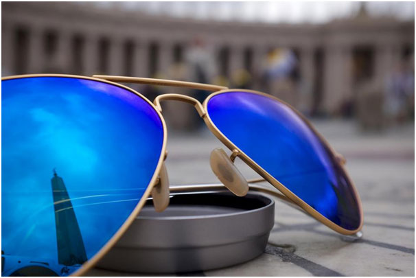 How To Shop For Designer Sunglasses Online